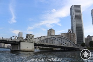 Токио. Вид с канала (8)