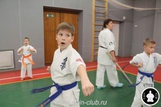 тренировка Киокушинкай 2016 ударов (38)