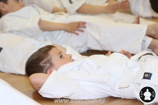 занятия каратэ для детей (20)