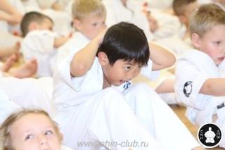 занятия каратэ для детей (22)