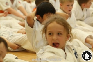 занятия каратэ для детей (23)