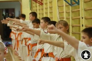 занятия каратэ для детей (9)