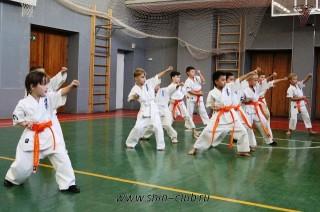 karate-detyam-v-krasnogvardeyskom-rayone-25