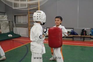 karate-detyam-v-krasnogvardeyskom-rayone-30