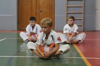 karate-detyam-v-krasnogvardeyskom-rayone-9