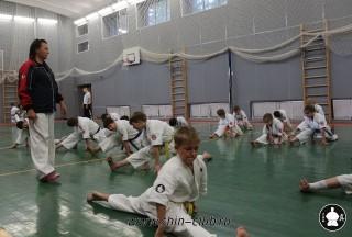 kata-klass-po-kiokushinkay-karate-v-klube-sin-1