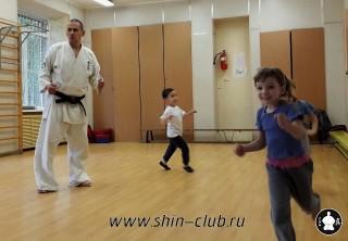 zanyatiya-karate-deti-4-5-let-10