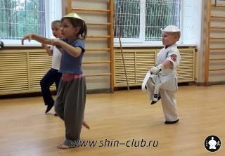 zanyatiya-karate-deti-4-5-let-13