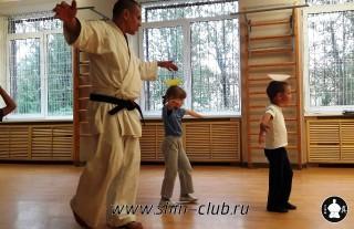 zanyatiya-karate-deti-4-5-let-15