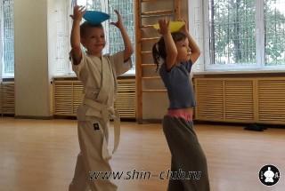 zanyatiya-karate-deti-4-5-let-16