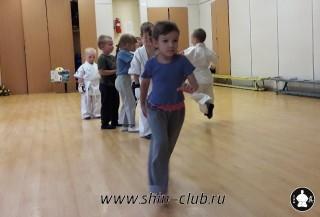 zanyatiya-karate-deti-4-5-let-18