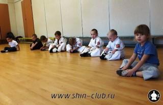zanyatiya-karate-deti-4-5-let-3