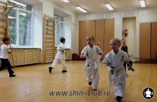 zanyatiya-karate-deti-4-5-let-4