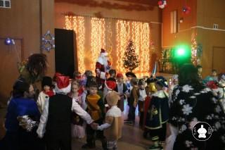 novogodnyaya-elka-v-klube-sin-16