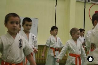 uchebnyie-zanyatiya-po-karate-102