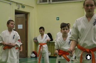 uchebnyie-zanyatiya-po-karate-108