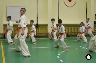 uchebnyie-zanyatiya-po-karate-121