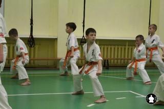 uchebnyie-zanyatiya-po-karate-122