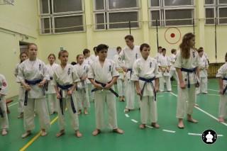 uchebnyie-zanyatiya-po-karate-125