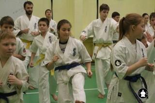 uchebnyie-zanyatiya-po-karate-136