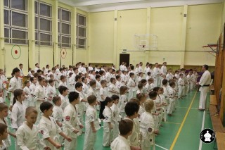 uchebnyie-zanyatiya-po-karate-15