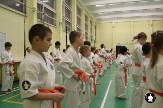 uchebnyie-zanyatiya-po-karate-16