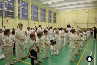 uchebnyie-zanyatiya-po-karate-2