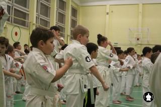 uchebnyie-zanyatiya-po-karate-27