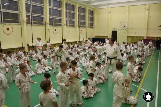uchebnyie-zanyatiya-po-karate-3