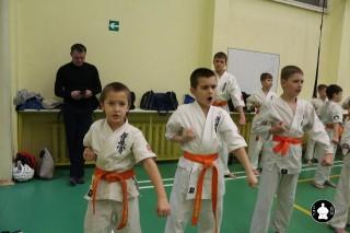 uchebnyie-zanyatiya-po-karate-31