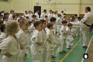uchebnyie-zanyatiya-po-karate-33