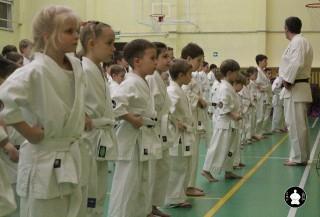 uchebnyie-zanyatiya-po-karate-35