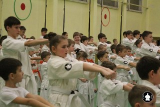 uchebnyie-zanyatiya-po-karate-46