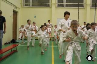 uchebnyie-zanyatiya-po-karate-52