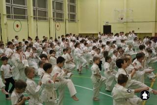 uchebnyie-zanyatiya-po-karate-53