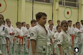 uchebnyie-zanyatiya-po-karate-69