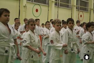 uchebnyie-zanyatiya-po-karate-70