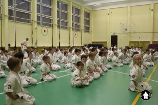 uchebnyie-zanyatiya-po-karate-9