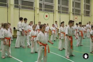 uchebnyie-zanyatiya-po-karate-95